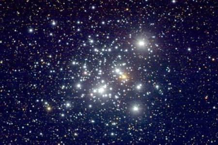 Resultado de imagen de El JOyero la Nebulosa del enjambre de estrellas